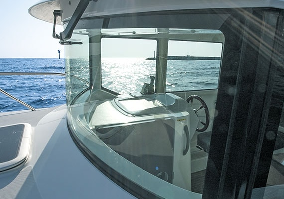 Front glass, Helm Station(For Single Engine)(OPT).