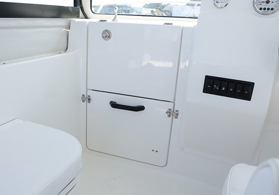 An optional door can be attached to the bow berth entrance.Standard in the X-Type.